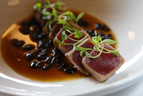Bar Frites Seared Tuna